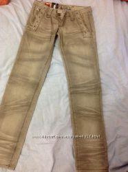 Итальянские джинсы  27 р.