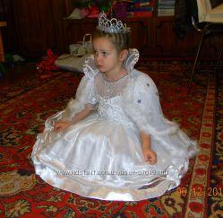 Новогодние костюмы, платья, снежинка,  принцесса, белоснежка, паучек