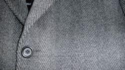 Мужское пальто, узор ёлочка. Одето 1 раз.