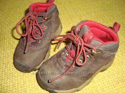 Timberland нубуковые утепленные деми ботинки р. 23