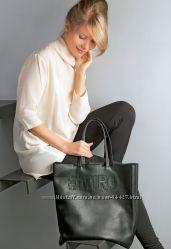 Кожаная сумка . Бежевая. Черная.