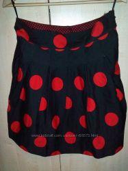 Стильная фирменная юбка, рисунок горох
