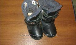 Продам зимние ботинки р 31 мальчику бу