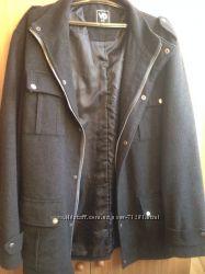 Пальто фирмы VD One