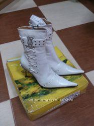 Ботинки р. 38 кожа
