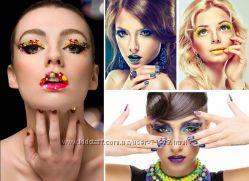 наклейки -тату-макияж -глаза ногти губы в одном стиле модная новинка