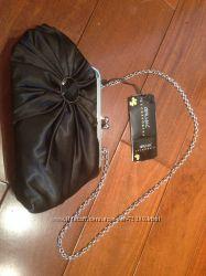 Вечерняя атласная сумочка