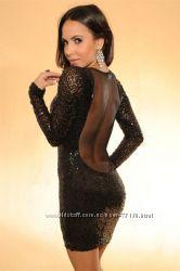 Шикарное платье, дорогая ткань, сексуальная модель.