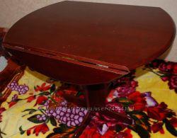 Стол деревянный на одной ноге