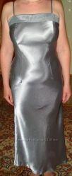 Очень красивое и елегантное вечернее платье 44 размера.