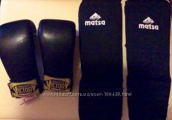 Перчатки накладки кожаные для единоборств M1