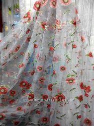 Красивая тюль с цветочным рисунком