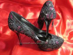 бомбезные туфли ищут новую хозяйку