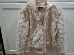 Меховая курточка C&A