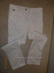 Белоснежные джинсы ROCCOBAROCCO