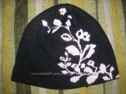 Много стильных шапочек и шарфиков   к сезону