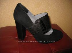туфли на каблуке , замшевые р36 стел 22см