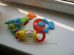 Игрушки - погремушки малышам