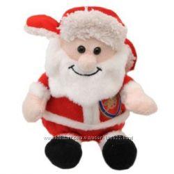 Санта Клаус с эмблемой футбольного клуба Арсенал Лондон