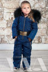 Детский комбинезон Moncler.