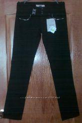 Новые брюки с вышивкой