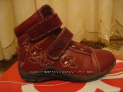 Ботинки   для девочки-уступаю