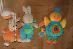 Развивающие игрушки Чикко зайчик и КсКидс музыкальная уточка.