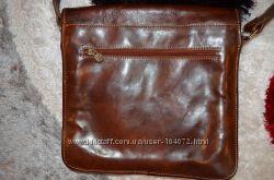 продам сумку Италия, кожа, GENUINE LEATHER, вмещается планшет