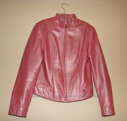 Срочно кожаная курточка р. М   за 150 грн.