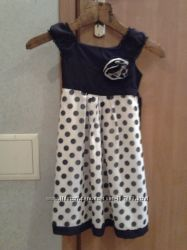 Нарядное платье для девочки 116-122