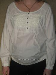 Много одежды для беременных