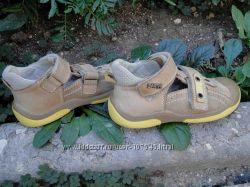 Обувь Bartek р. 24 на ножку 15-15. 5 см
