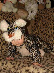 Костюм тигренка на малыша смотрится супер