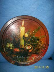 Кухонные предметы ложки  чашки стаканы баночки   а также ракушки и шишки