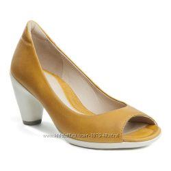 Продам обалденные мягенькие туфельки ECCO 40 размер В Наличии