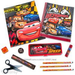 Пенал, карандаши, ластик, точилка, ножницы. Дисней. Америка.