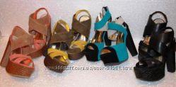 Более 50 моделей брендовых босоножек из США, Италии, Испании.