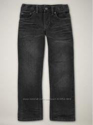 Новые джинсы  на мальчика  по низкой цене