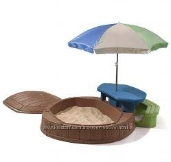 Песочница со столиком и зонтиком STEP2
