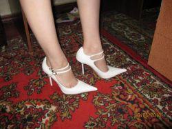 Свадебные туфли - одеты один раз 35р.