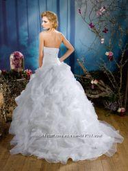 Шикарное свадебное платье с новой коллекции Kelly Star
