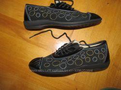 Полностью кожаные кроссовочки-мокасины