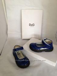 Детская обувь марки Cavalli, D&G, Hogan, Timberland.