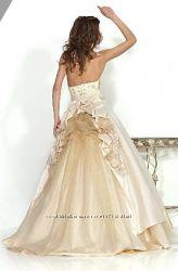 Продам нежное романтическое свадебное платье Lerina Keri