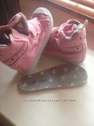 Туфельки Clarks и кеды girl2girl