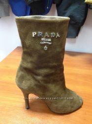 Prada ботиночки с открытым носком цена ниже