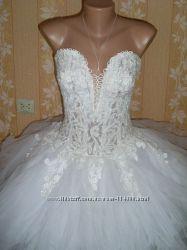 красивое свадебное платье на размер от 42 до 46-красивое .