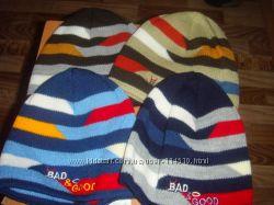 В наличии яркие весенние шапочки для мальчиков