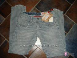 Капри-брюки Eighth Sin Italy