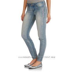Супермягкие джинсы с заклёпками Америка р. М-Л